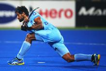 Delhi beat Mumbai to top Hockey India League table