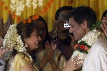 Tharoor suspects no foul play in Sunanda's death, claims she died due to medication: sources