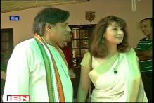 Police re-examines Tharoor's driver, chemist in Sunanda Pushkar's death