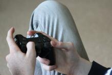 Why video game addicts are more responsive to danger, but highly distractible