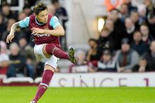 Fiorentina buy Argentine striker Mauro Zarate from West Ham