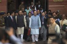 FM sticks to fiscal roadmap, Fiscal Year 2016-17 deficit at 3.5%