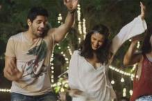'Kapoor and Sons': Alia Bhatt, Sidharth Malhotra's dance moves in 'Kar Gayi Chull' will get you grooving