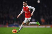 Man United & Jose Mourinho Not Ruling Out Signing Arsenal's Mesut Ozil