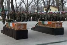 Army pays tribute to Pampore martyrs Captain Tushar Mahajan, Lance Naik Om Prakash