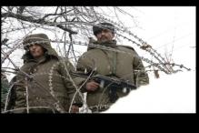 Soldiers brave bitter cold at LoC