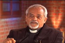 Valson Thampu hits back at Guha, says he attacked college every time a progressive move was made