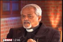 Ram Guha calls me a fascist, he himself is a pretentious historian: Valson Thampu