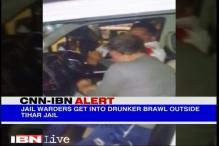 Watch: Tihar jail wardens in a drunken brawl inside a car