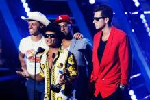 'Uptown Funk' wins Record of the Year Grammy