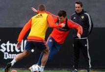 Pride at stake for Neville's Valencia in Copa del Rey semis