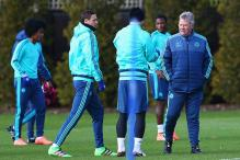 EPL: Hiddink wants Chelsea to overtake Manchester United by end of season