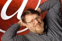 Inventor of the modern email Ray Tomlinson passes away at 74
