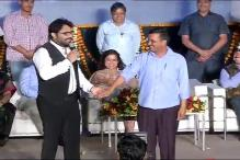 Watch: Babul Supriyo sings 'Hum Tum' for Arvind Kejriwal