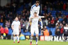 Leicester beat Crystal Palace to take another step to league title