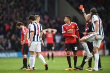 Louis van Gaal chides Juan Mata over red card