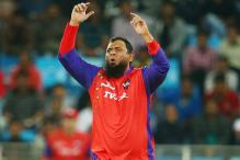 Saqlain Mushtaq drops plans to stay and work in Pakistan