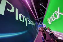Microsoft will allow Xbox, PS4 gamers to play together online