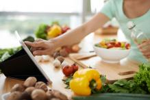 'Waffle Recipe', 'How to Cut a Mango' Top Google Food Searches