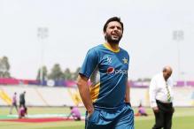 Shahid Afridi not to retire, steps down as Pakistan's T20 captain