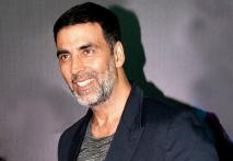 Akshay Kumar Apologises for Fan-punching Incident