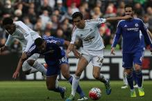 Swansea end Chelsea's unbeaten EPL run; Southampton beat Newcastle