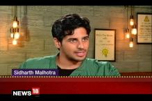 Being Called Karan's Blue-Eyed Boy is Pissing Off: Sidharth