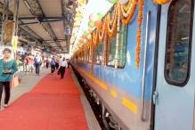 Gatimaan Express sets pace in ticket booking