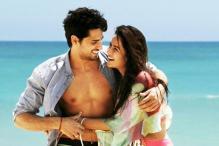 Sidharth, Katrina Look Refreshing in the First Look of 'Baar Baar Dekho'