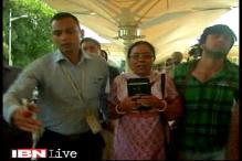 Actress Pratyusha Banerjee's family reaches Mumbai, boyfriend detained