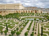 Chef Alain Ducasse to open luxury hotel and restaurant at Palace of Versailles