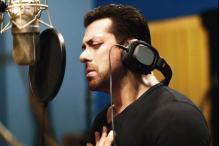 Salman Khan 'Looking Forward' to Manoj Bajpayee's 'Traffic'