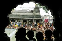 Women Activists Manhandled at Trimbakeshwar Temple
