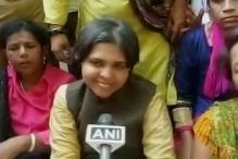 Activist Trupti Desai detained while attempting to enter Shani Shingnapur temple