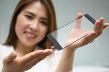 LG Builds a Fingerprint Sensor That Sits Under the Phone's Display
