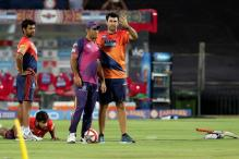 Fleming Backs Under-fire Dhoni Despite Pune's Poor Campaign