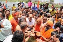 Amit Shah Takes Holy Dip With Dalit Sadhus at Kumbh