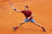 Federer Tests Back Injury With Win Over Zverev at Rome Masters