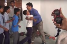 This Indian Man Holds The Record For Most Hugs in a Minute And it's Insane