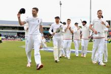 1st Test: James Anderson's 10 Helps England Thump SL by an Innings