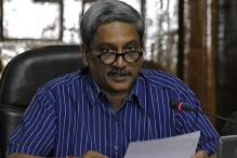 Give Mandate to BJP in Uttarakhand for a Strong Govt: Manohar Parrikar