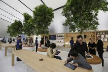 First Look: Inside the First of the Redesigned Apple Stores