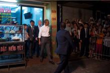 Obama Drop-in For Pork Soup Stuns Vietnam Street Shop Owner