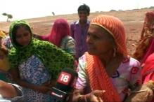 MNREGA Workers in Rajasthan Toil Under The Blazing Sun