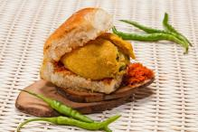 An Ode to the Amazing 'Vada Pav'
