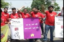 Amrapali home buyers in Noida Protest Over Delays in Possession