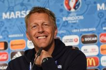When a Dentist From Iceland Knocked Off England's Teeth