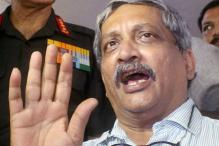 Congress Demands FIR Against Manohar Parrikar for 'Bribe' Remark