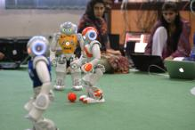 Pakistani Students to Show Off AI Skills With Robot Footballers