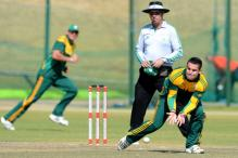 South Africa Call Up Elgar to Replace Injured Rossouw in ODI Series